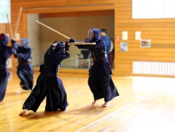 剣道の面打ちを素早く正確にする方法
