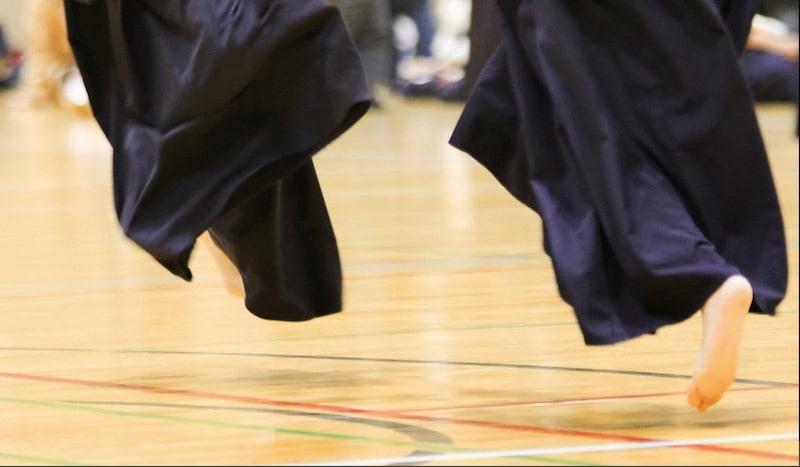 剣道の足さばきを効率よく上達させる練習・トレーニング方法、メニューとは?